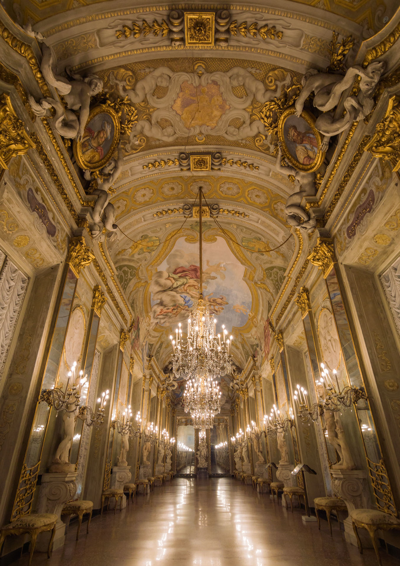 Galleria degli Specchi - Palazzo Reale - Rolli - Genova - SoreX Photo